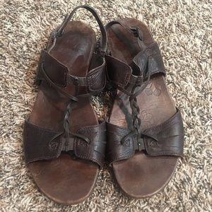 Women's Merrell brown strappy Sandals